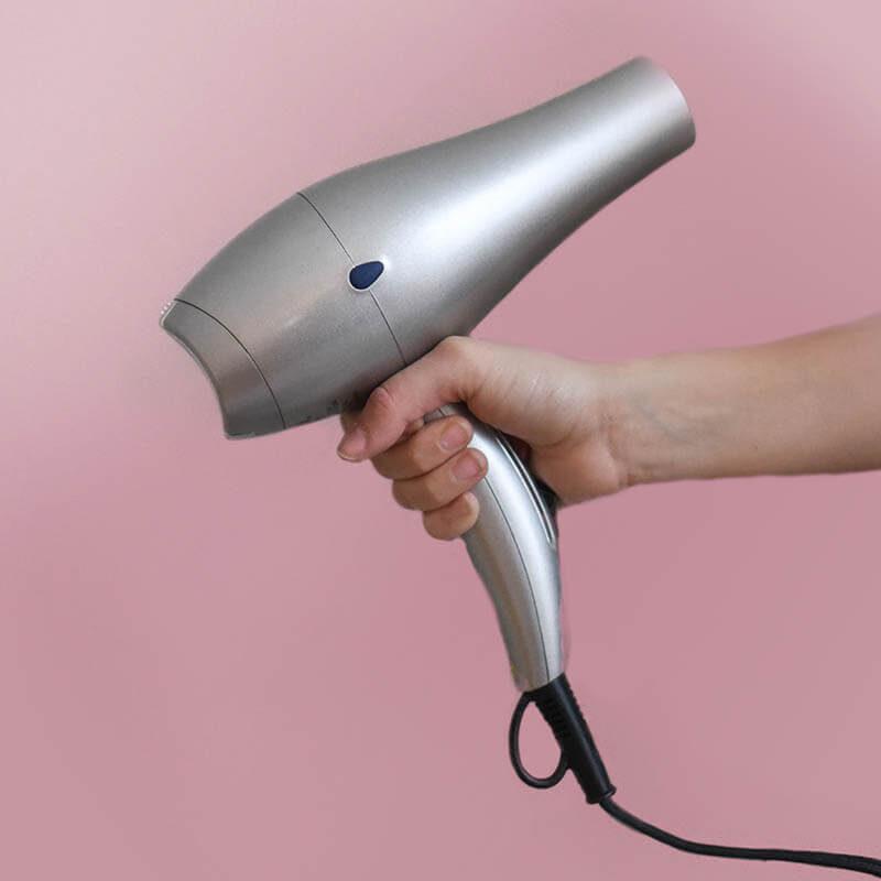 מוצרים חשמליים לשיער